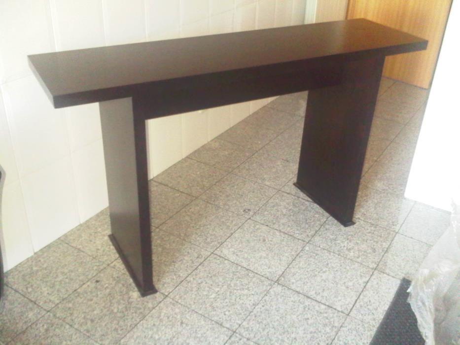 Consola moderna em madeira 150x400x850cm