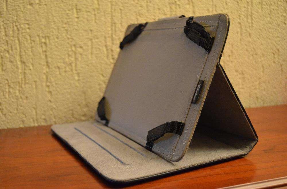 "Capa Tablet Port- 8"" a 9"" polegadas"