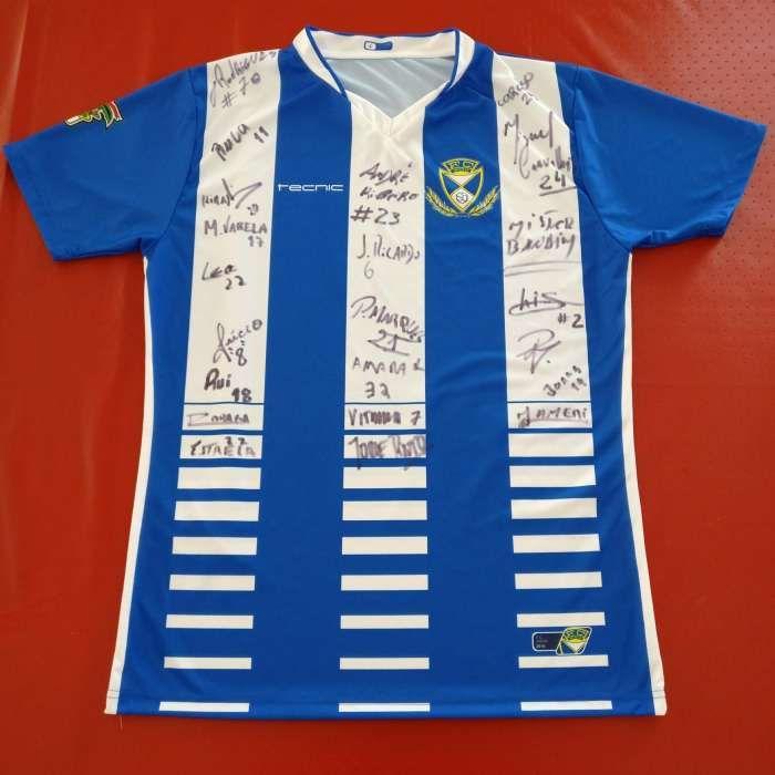 Camisola oficial autografada de FC Infesta (2017/18)