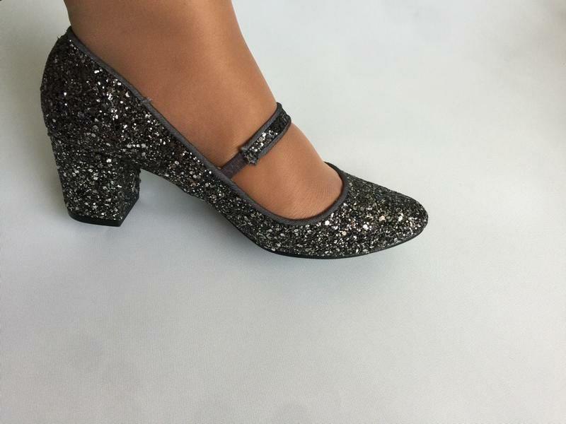 Туфли нарядные вечерние с блестками от tu 6р или 38,5- 39 цена 399грн.: 399 грн. - Женская обувь Светловодск на Olx