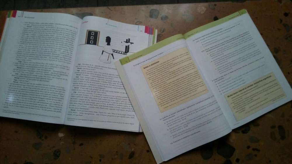 """Livro Português """"Expressões 11 ano"""" + caderno atividades Lamego (Almacave E Sé) - imagem 3"""