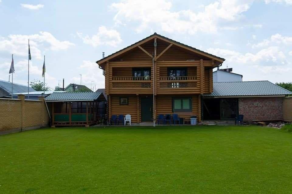 Будинок площею 220 м2 у Осещині з виходом на пляж можна орендувати на olx за 3 тис доларів