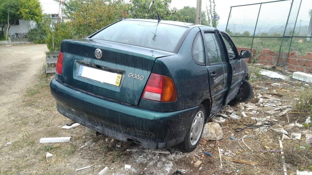 Volkswagen Pólo Classic (para peças)