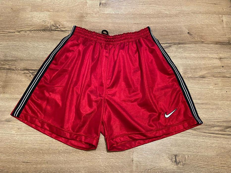 Винтажные шорты Nike с лампасами ( Adidas Puma Ellesse TNF )