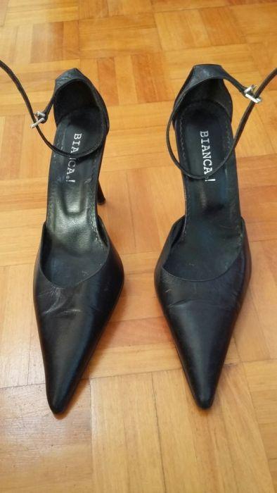 Sapatos pretos ata no tornozelo, salto agulha, BIANCA