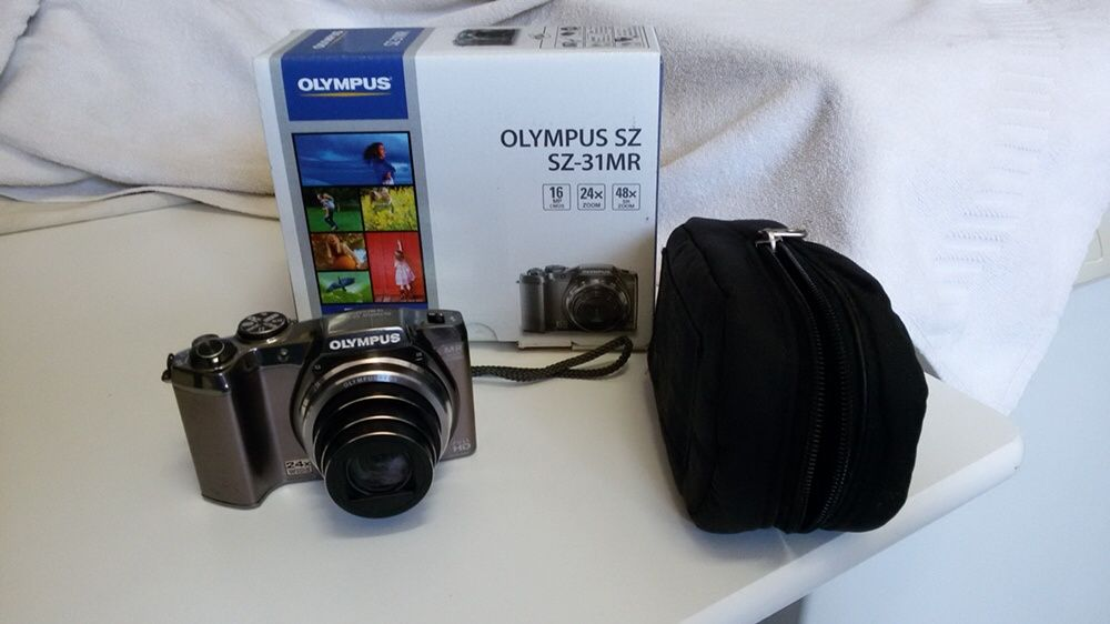Maquina fotográfica OLYMPUS SZ-31 MR Nova em caixa