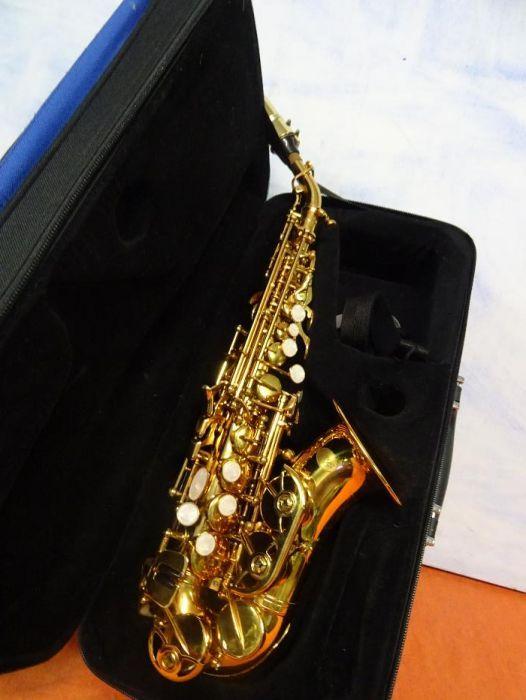 Saxophone Marca ... Virns Seri Nomaro . 0878