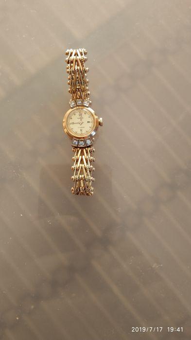 Золотые часы женские продам ракета золотые стоимость часы