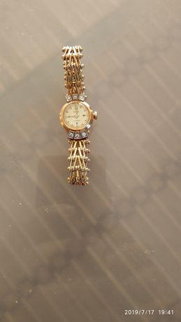 Чайка продам бриллиантами часы с за прибора час электроэнергии стоимость