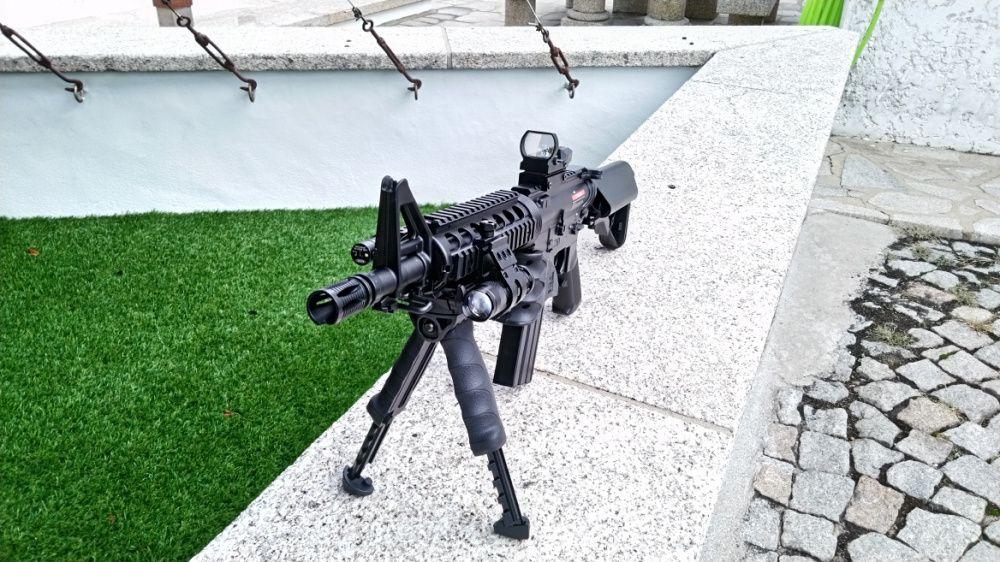 Rifle M4 Nova 410fps, eléctrica - Airsoft