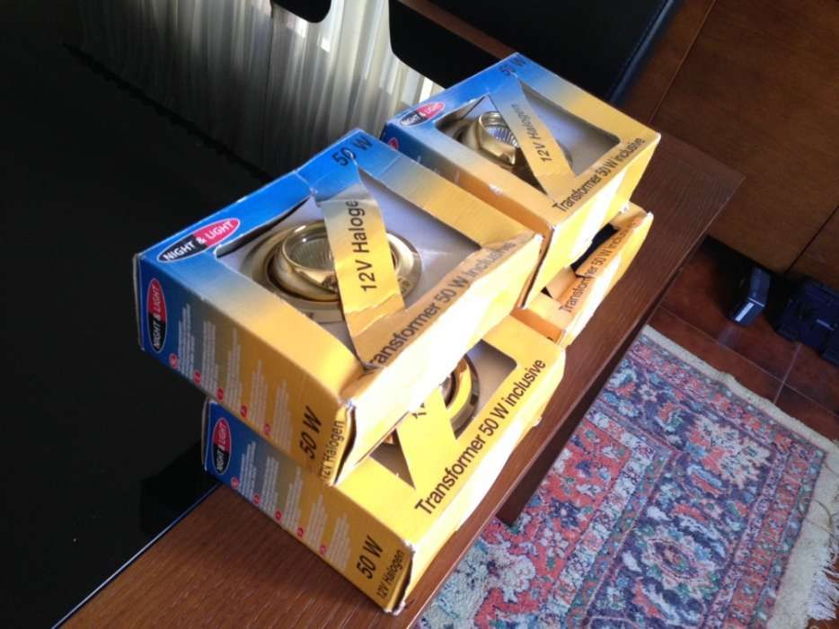 4 FOCUS de 12 V Dourados Anti-Oxido C/Balastro pode por a LEDS