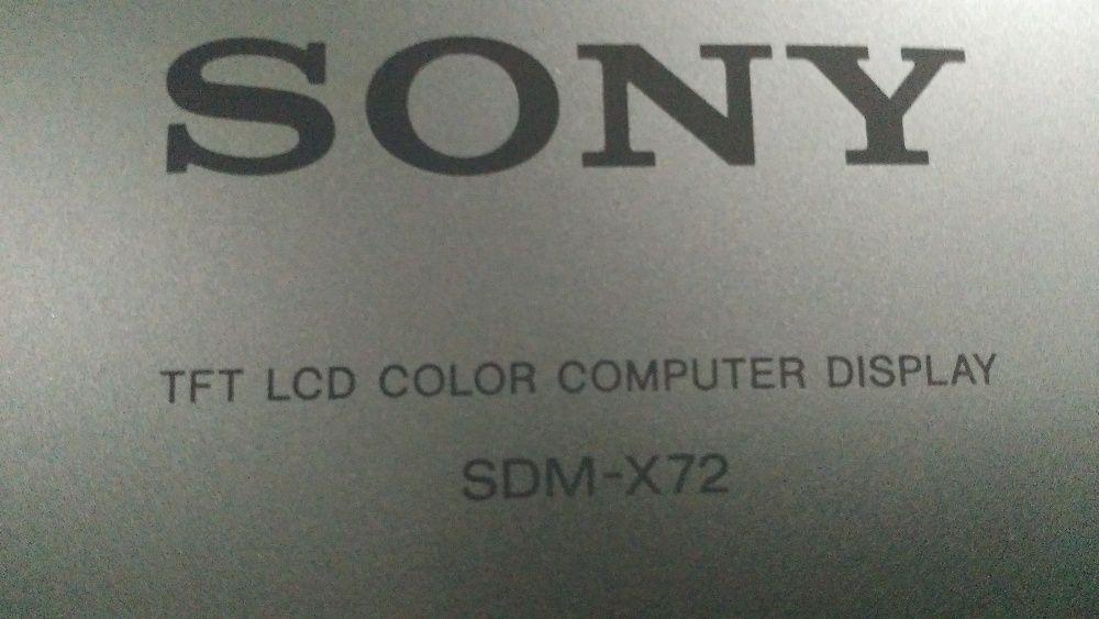 Monitor LCD Sony SDM-X72/B 17 polegadas
