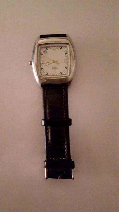 ac0597f0637 Relógio Camel Masculino usado mas de grande qualidade. Relógio