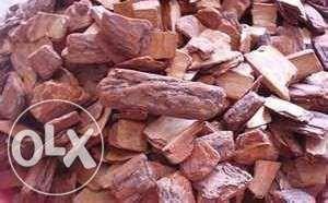 Casca de pinheiro a granel tratada e calibrada a preço de revenda