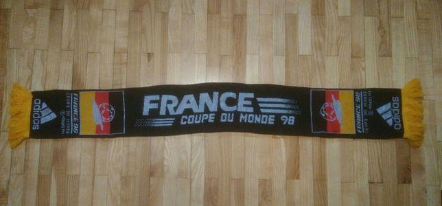 Szalik reprezentacji Deutschland z MŚ France 98 Adidas