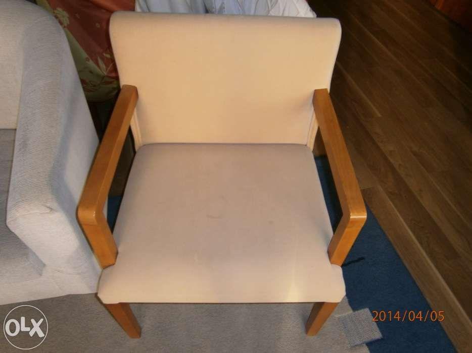 Cadeira para quarto em veludo