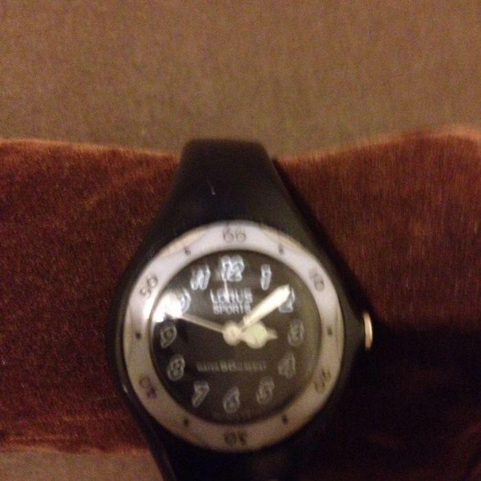 e8ddaad6775 Relógio Lorus antigo Cedofeita