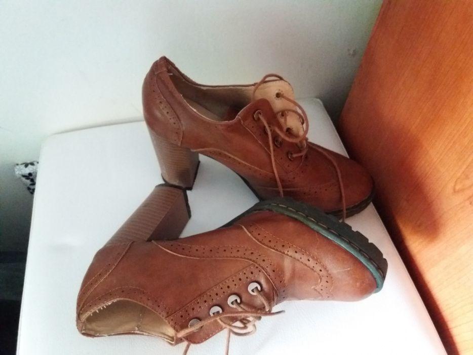 4fbcea190 Sapato - Calçado em Baixa Da Banheira E Vale Da Amoreira - OLX Portugal