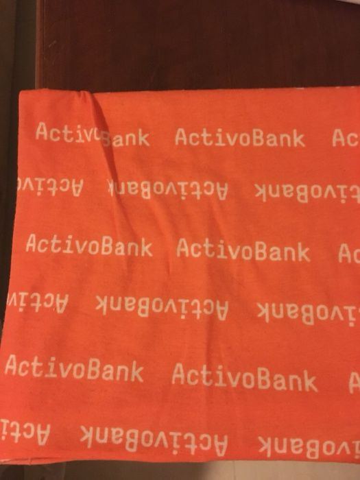 d32838f427 Vendo bandana do Activo Bank para corrida - Samora Correia - Vendo bandana  do Activo Bank