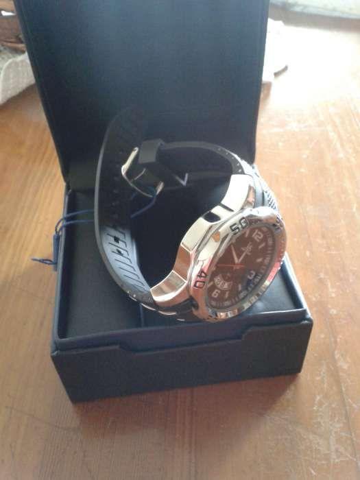 Joshua & Sons - relógio quartzo preto e prateado