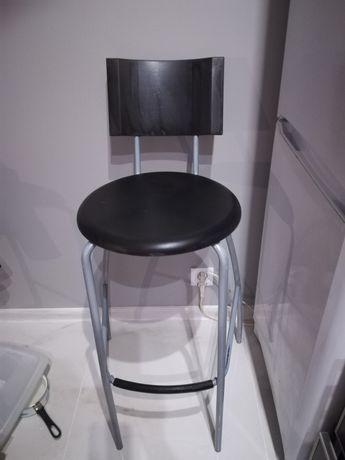 4 krzesła barowe IKEA Poznań Wilda </p>      </div>     </div> </div>   <div class=