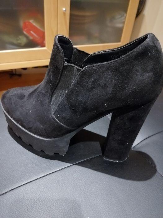 Botins Sapatos Salto Pretos Stara 37 Leiria, Pousos