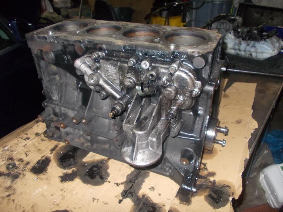 Bloco de motor 2.9 TDi todas outras peças de duas KIA CARNIVAL 2001/2