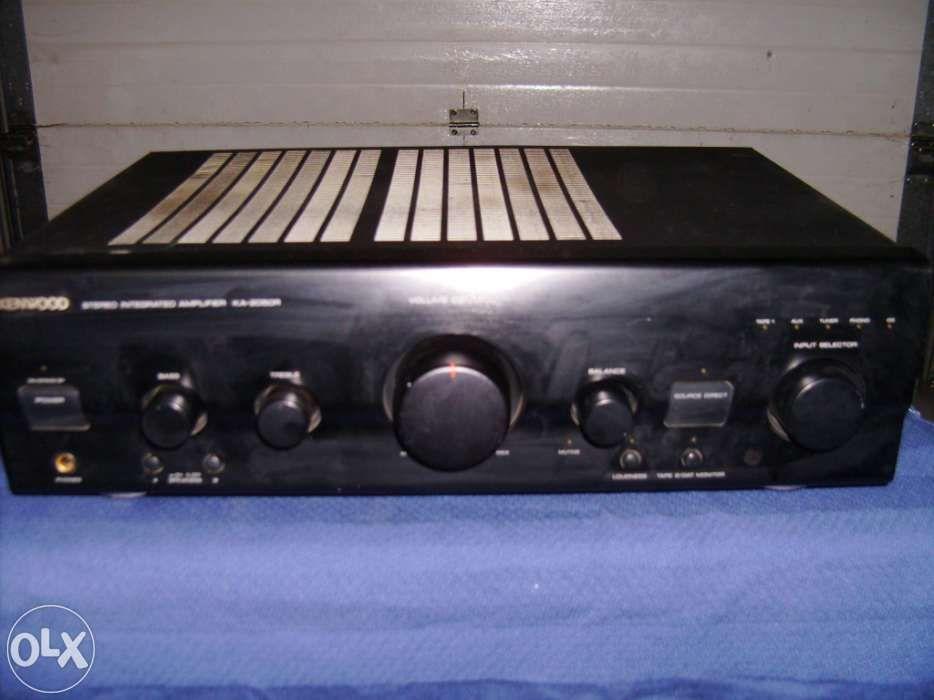 Amplificador Kenwood 2050R