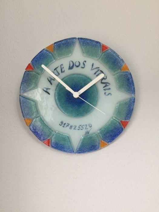 9ccf63d4983 Relógio tipo vitral - São Brás de Alportel - Relógio de parede tipo vitral  Acrescem portes