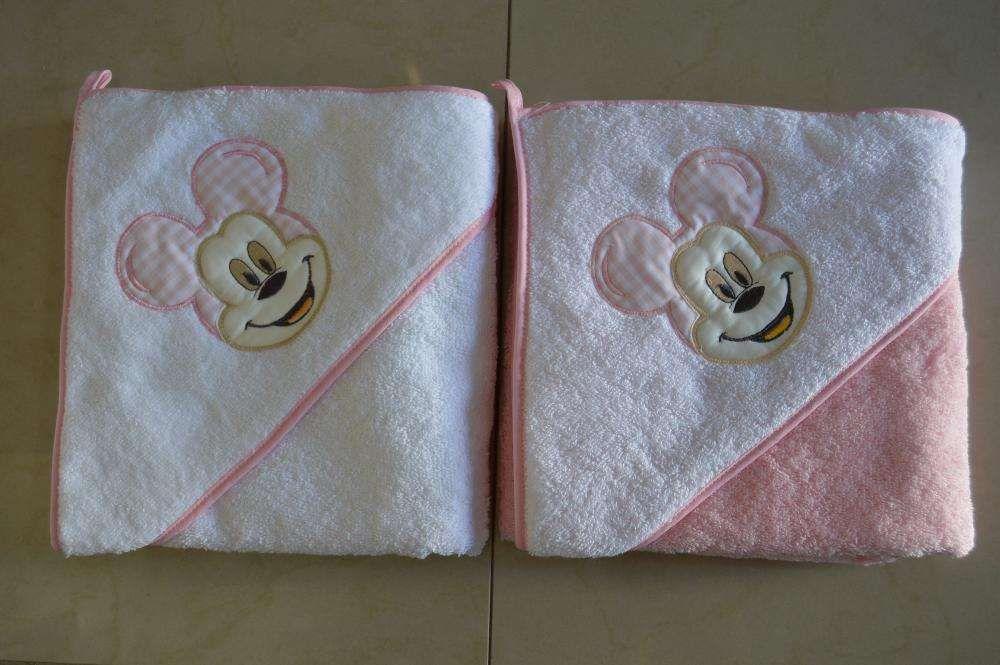Toalhas de bebe do mickey