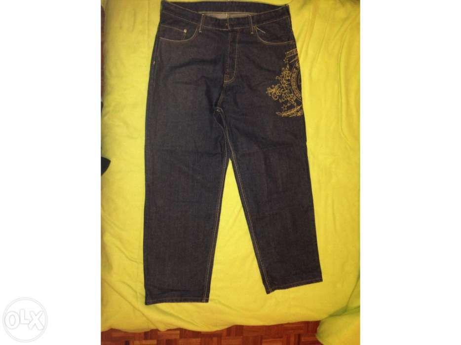 58eb0d5d56 Vendo calça jeans da marca bullroot Faro (Sé E São Pedro) • OLX Portugal
