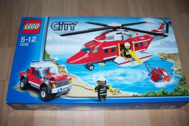 7686 LEGO CITY 7686 Helicopter Transporter Build for