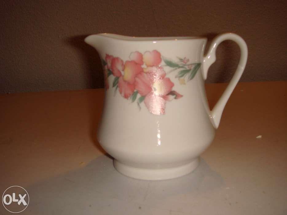 Serviço de chá,porcelana, NOVO Lamego (Almacave E Sé) - imagem 5