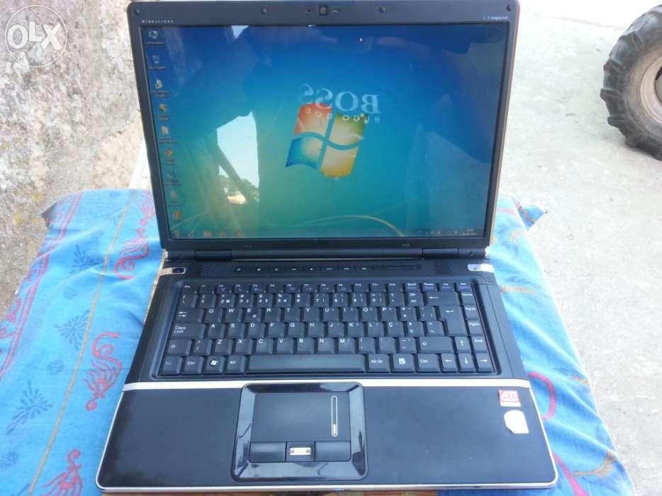 Notebook 15.4 4gb disco 320gb ou 250gb windows 7 vendo ou troco
