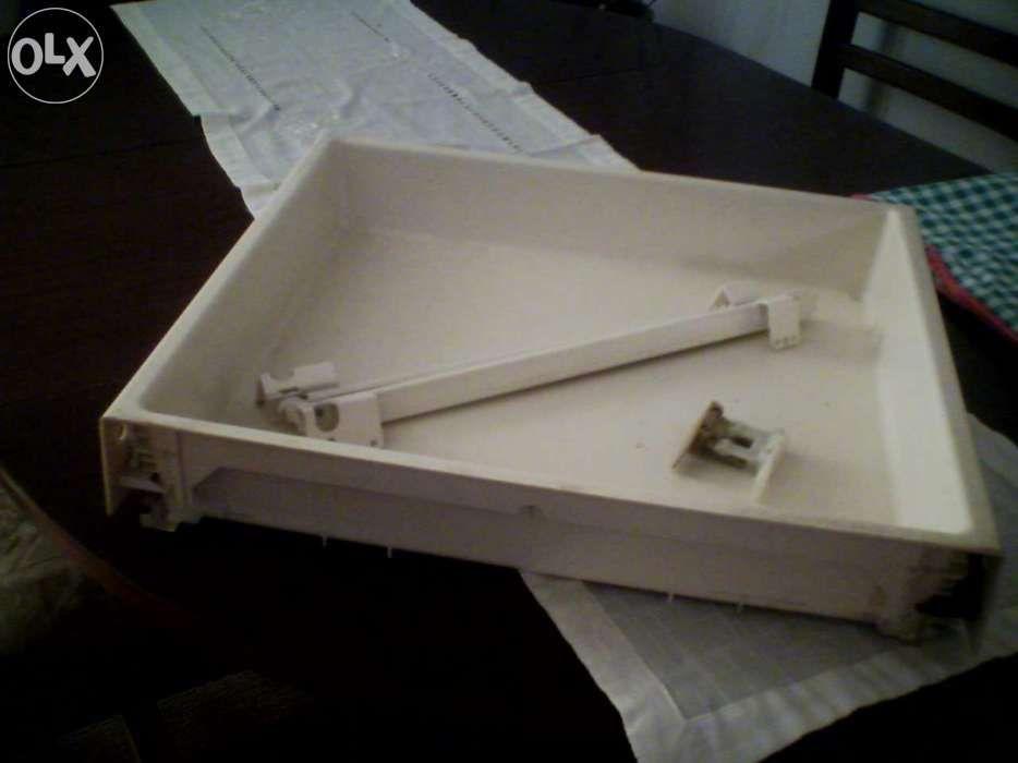Gaveta de plástico para móvel de cozinha