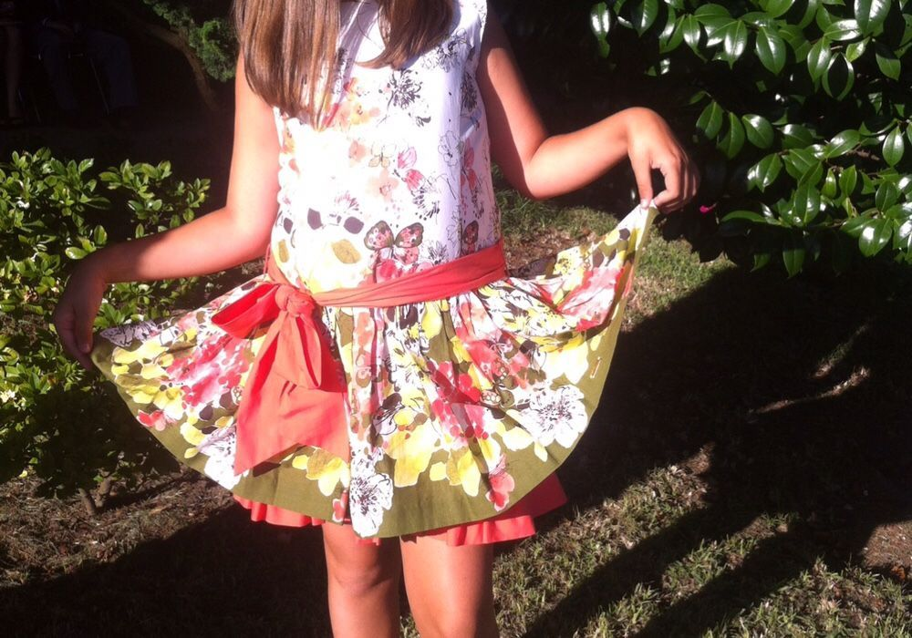7c5b8fe28b048 Vestido Pili carrera de menina Novo Viana Do Castelo (Santa Maria ...