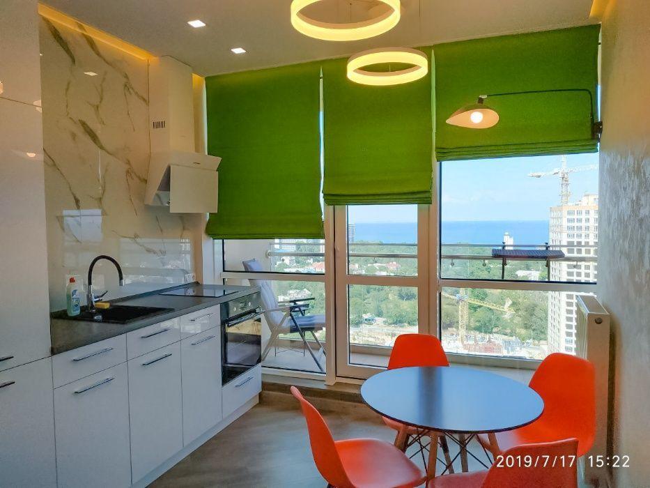 Квартира с просторным балконом в Аркадии, панорамный вид моря, паркинг