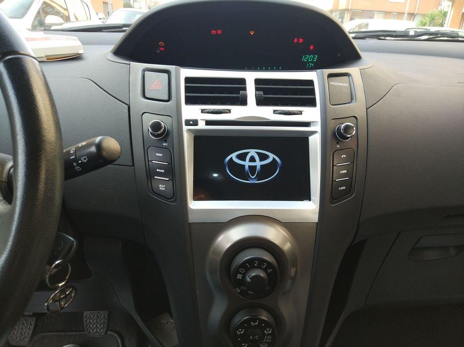Auto rádio Toyota Yaris GPS Bluetooth USB Wi-Fi Android