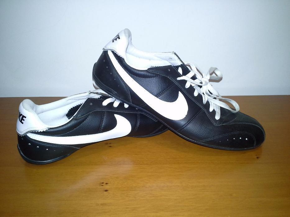 96c34a7a11c Sapatilhas Nike Vilela • OLX Portugal