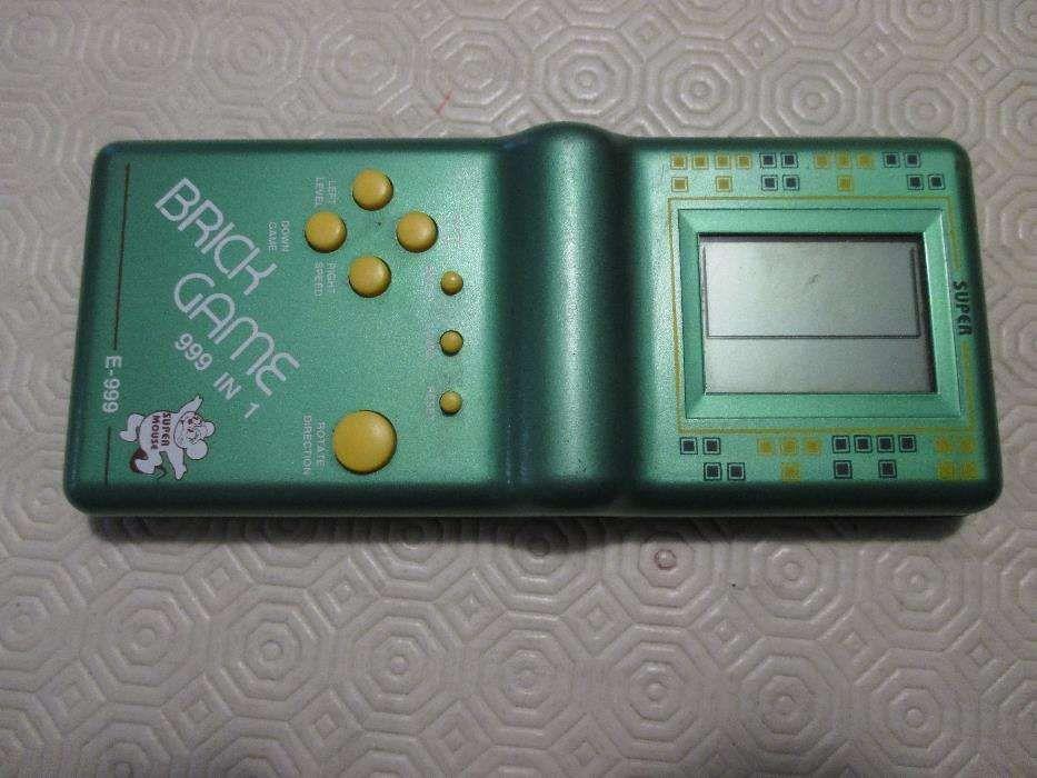 Brick Game 999