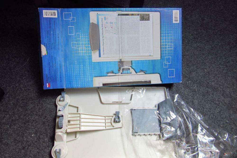 Acessório de computador Suporte vertical de informação para ecrã
