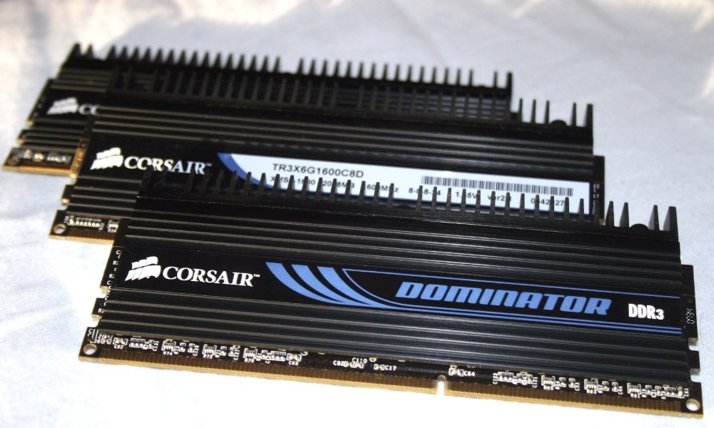 RAM 6Gb Corsair Dominator TR3X6G1600C8D (3x2Gb)