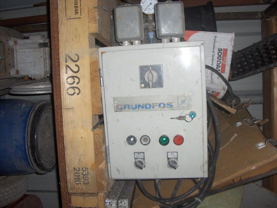 Vendo quadro electrico GRUNDFOS com sondas para 2 bombas trifásico