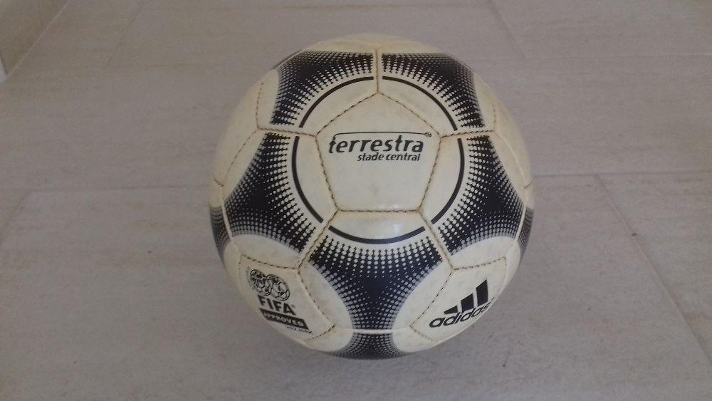 96a98d2f8c Bola Oficial - Desporto - OLX Portugal