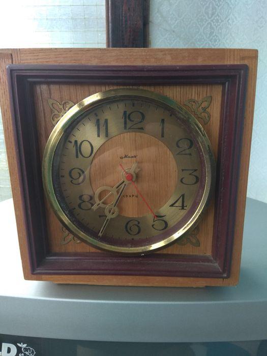 Часы настольные продам советские настольные продать часы