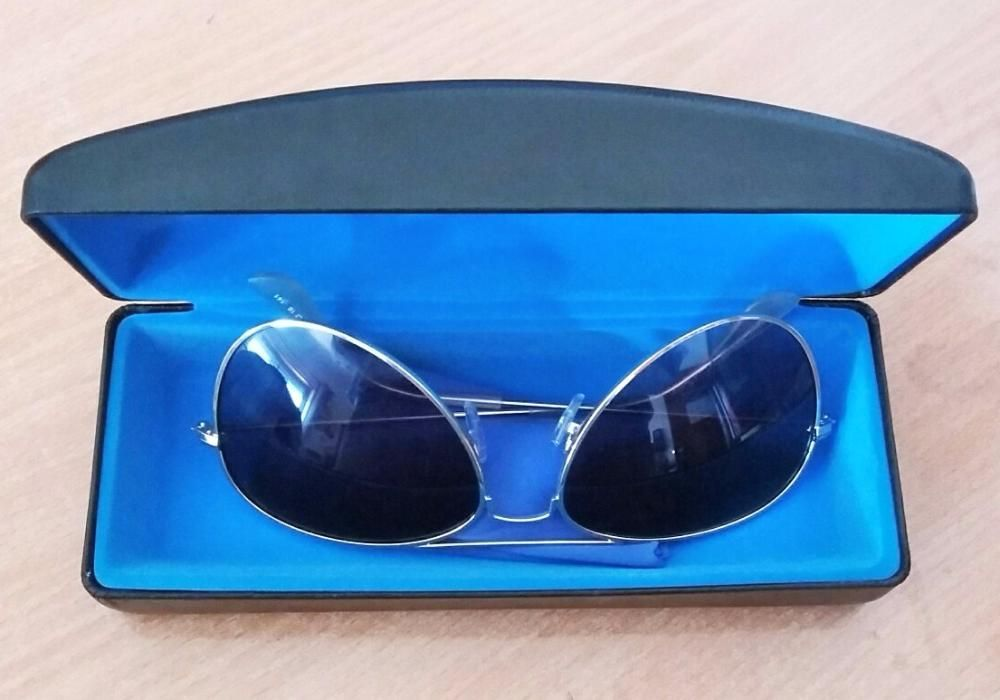 Óculos de Sol Dégradé Azul tipo Ray Ban Samora Correia • OLX Portugal fc4d487387