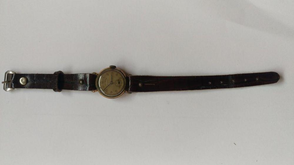 0ff09f0a01b Relógio antigo de senhora marca ZOTY