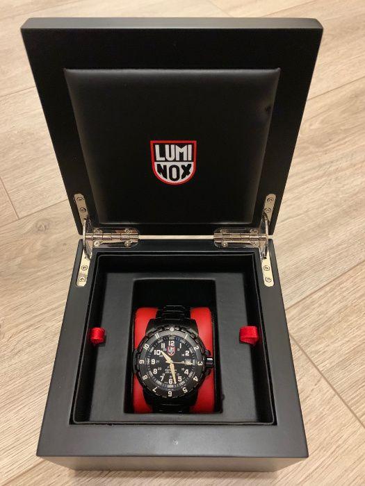 Luminox продать часы швейцарские киев бу продам часы