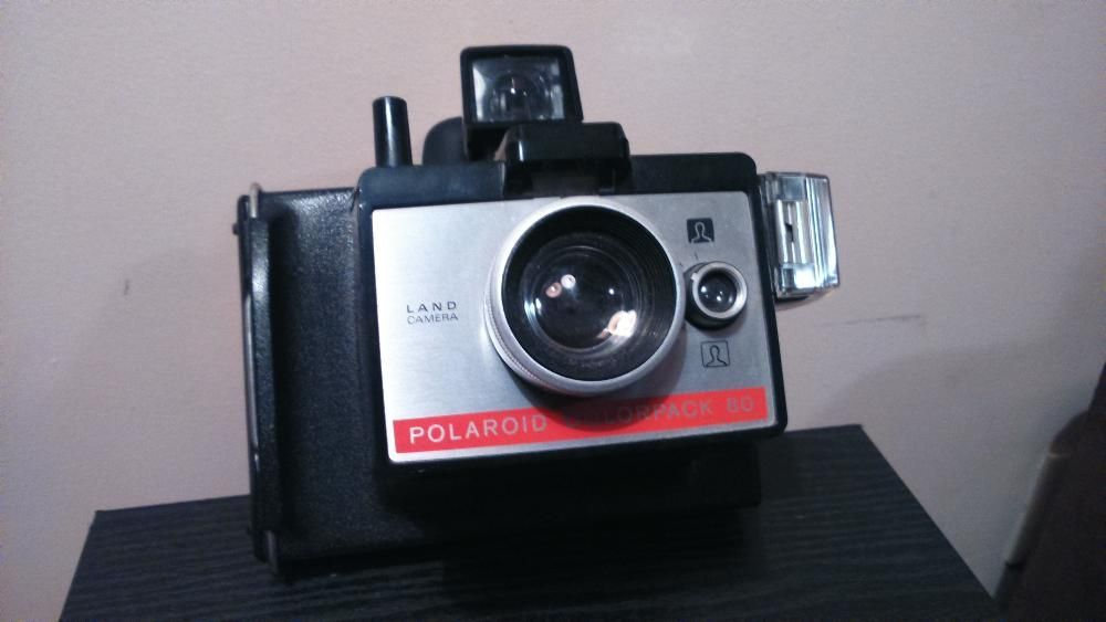 37577bd9e5fb1 Câmara Fotográfica - Polaroid ColorPack 80 Land Camera