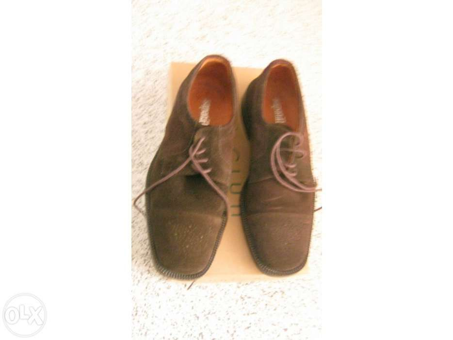 1d046bbf4 Sapatos homem pele camurça Parque das Nações • OLX Portugal